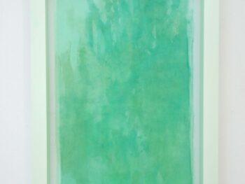 Anne Munnecke. Emerald Tablet 2021, 70 x 100 cm Organzasilke, pigmenter, fyrretræ, akrylmaling